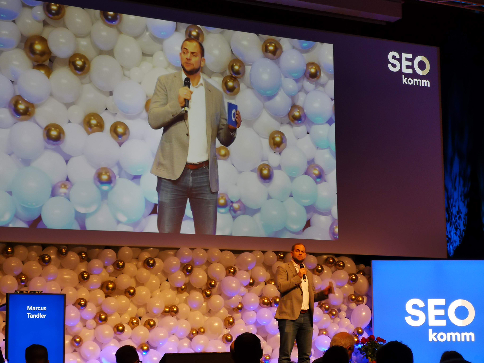 Recap: 10 Jahre SEOkomm – geballte SEO Insights bei grandiosem Konferenz Set-up